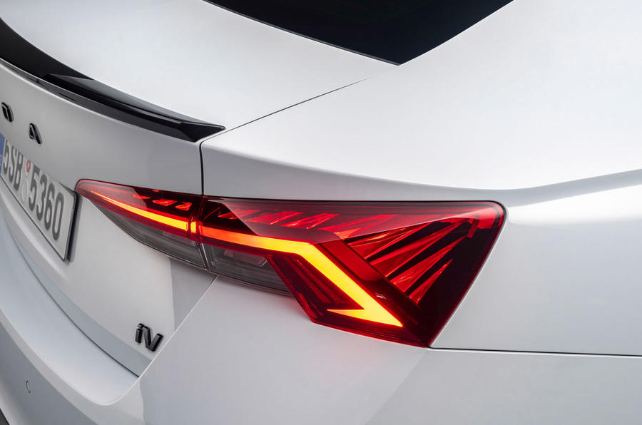 Skoda Octavia vRS 2020 - tail-light