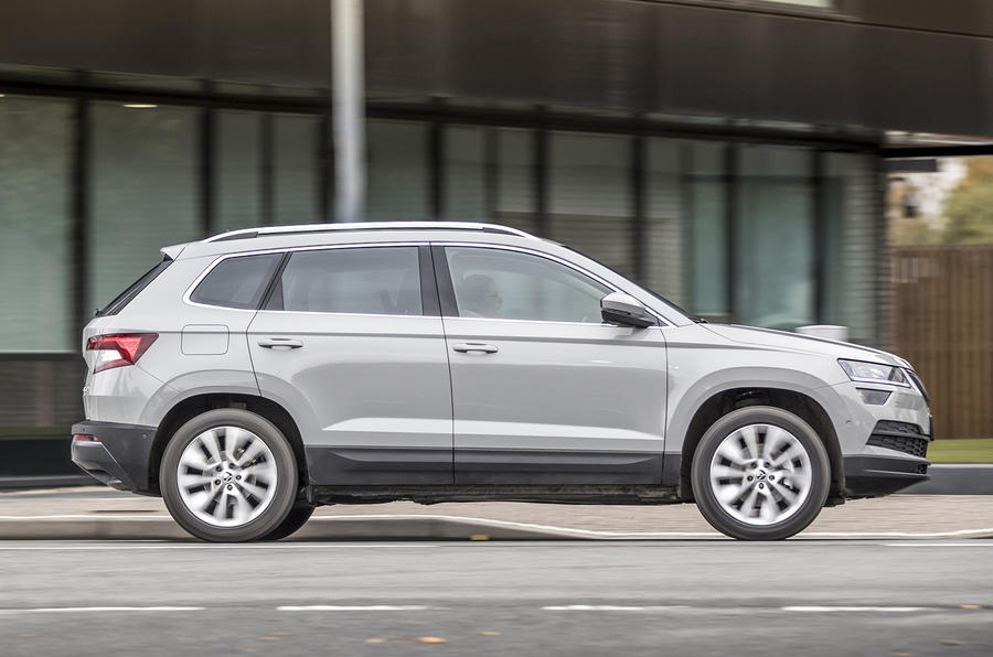 Skoda Karoq side profile
