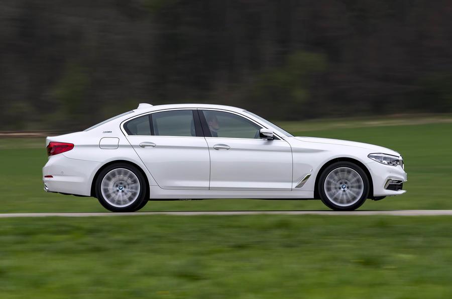 BMW 530e side profile