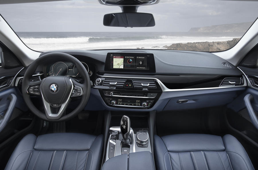 BMW 530e dashboard