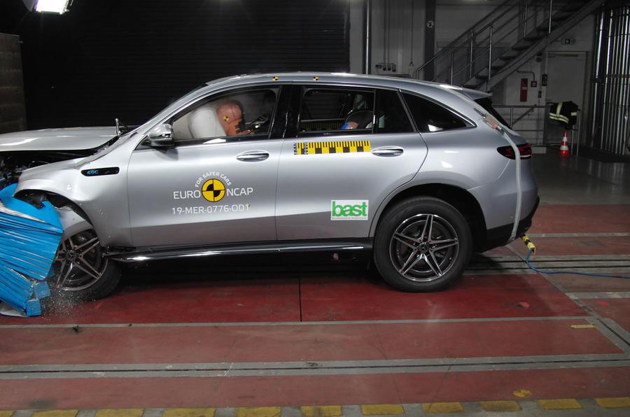 Mercedes-Benz EQC Euro NCAP crash test - side