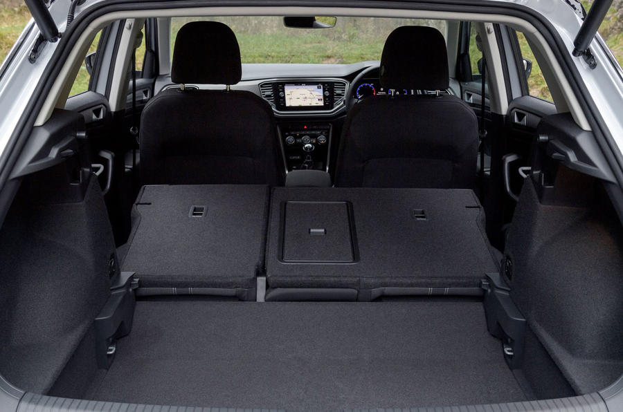 Volkswagen T-Roc 1.0 TSI SE extended boot space