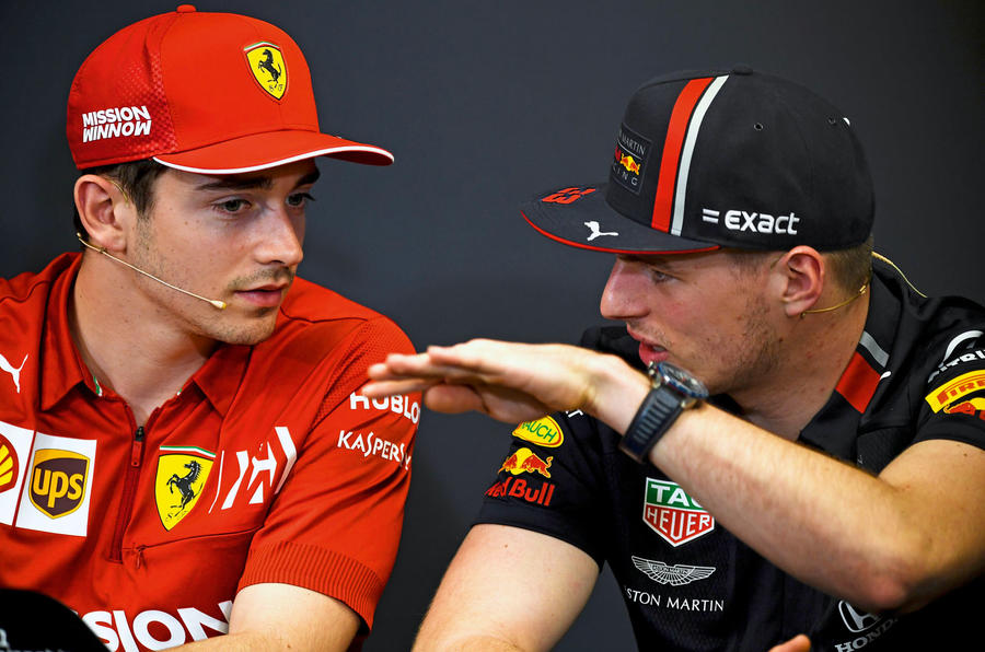 Hamilton not feeling pressure to make decision about future amid Ferrari talk