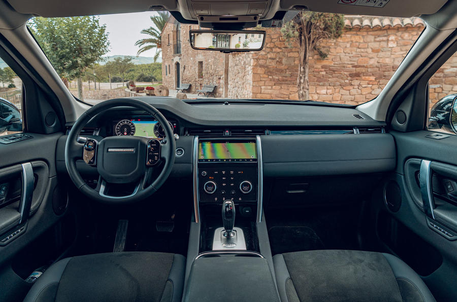 Land Rover Discovery Sport 2019 first drive review - dashboard