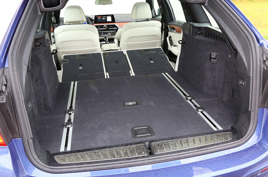 Alpina B5 Touring extended boot space