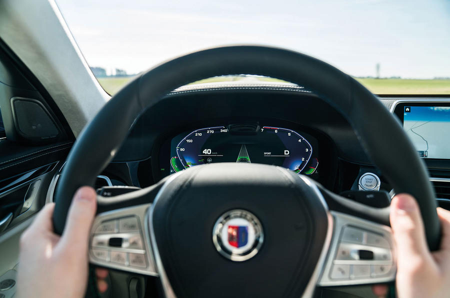 Alpina B7 2019 first drive review - instruments