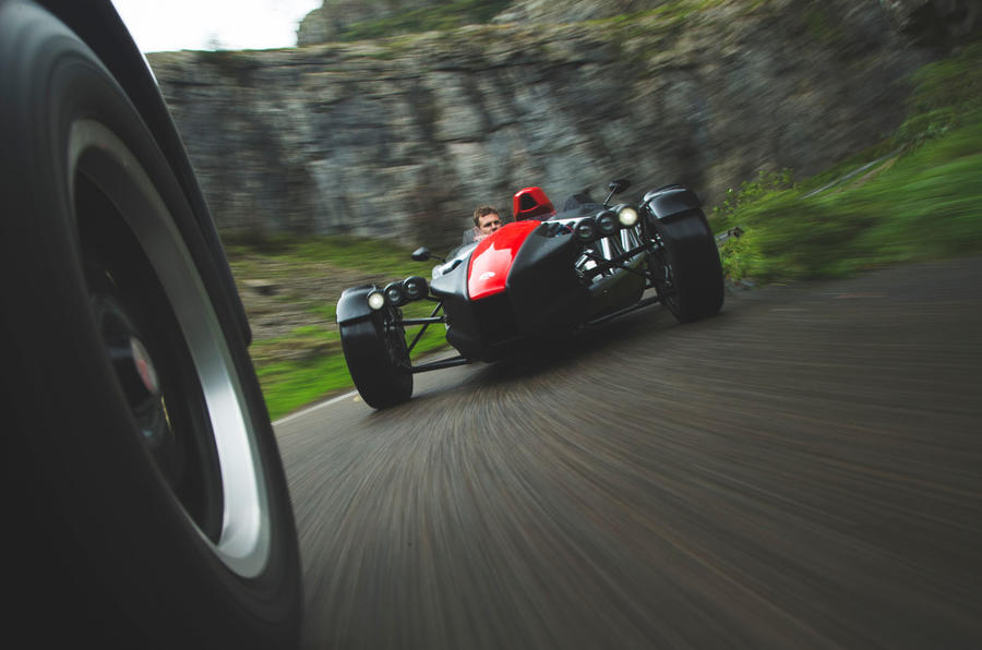 Ariel Atom 4 - Britain's Best Driver's Car 2020 - tracking