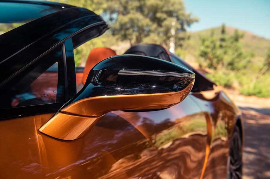 BMW i8 Roadster 2018 UK first drive review - wing mirrors