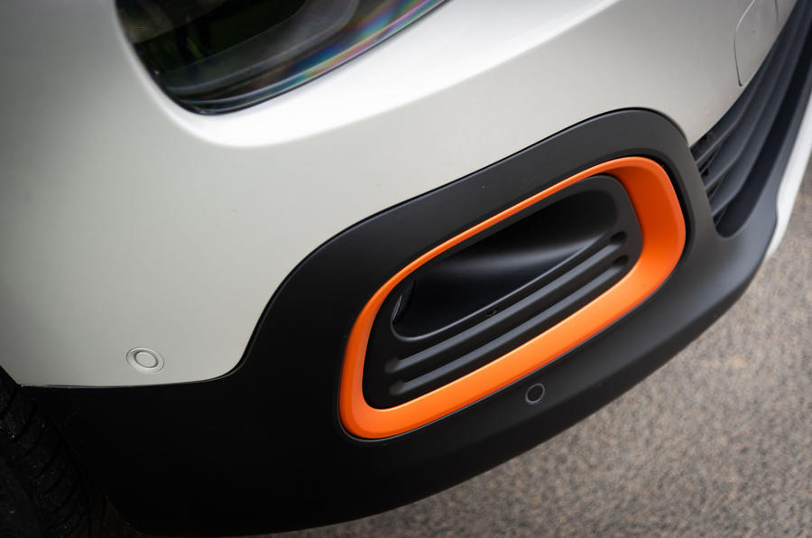 Citroen Berlingo 2018 first drive review bumper colour accents