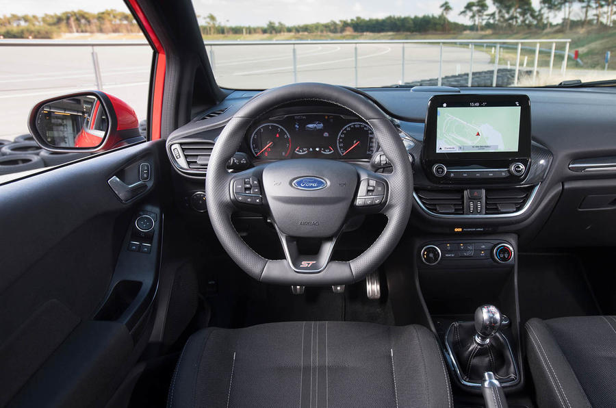 Ford Fiesta ST 2018 review cabin