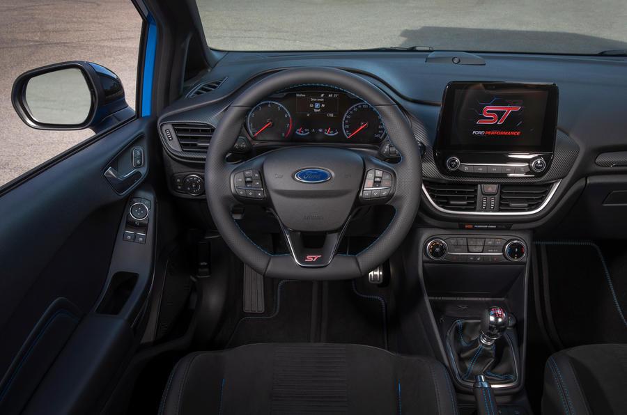 Ford Fiesta ST Edition 2020 : premier bilan de conduite au Royaume-Uni - tableau de bord
