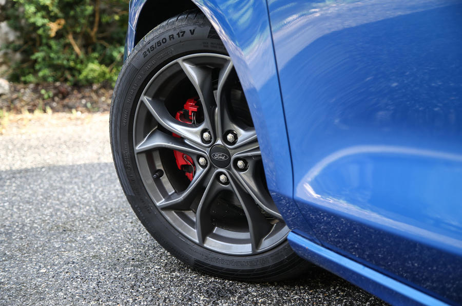 Ford Focus 2018 first drive review alloy wheels