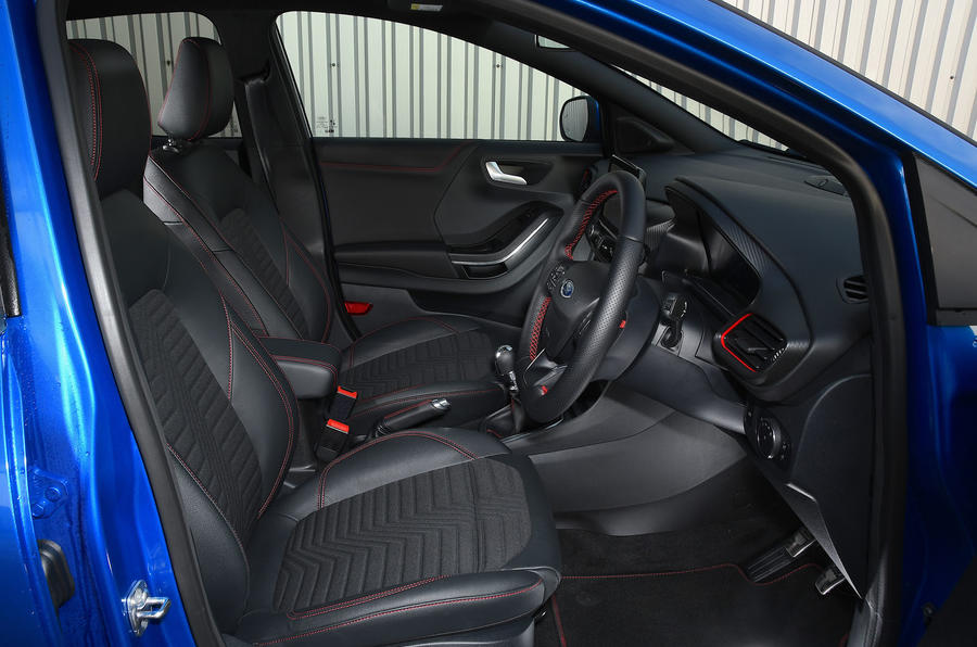 Ford Puma ST Line X 2020 UK first drive review - front seats