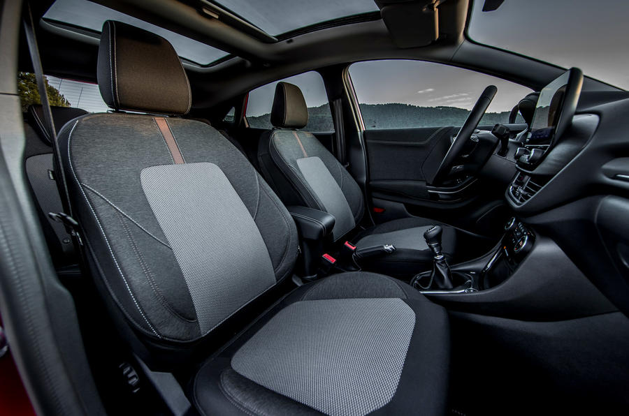 Ford Puma Titanium 2020 first drive review - cabin