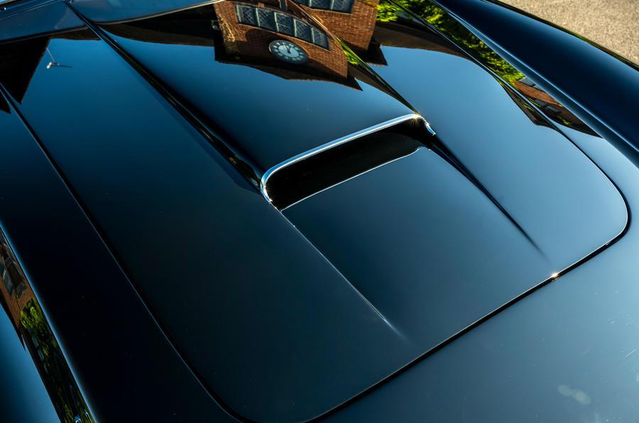 6 GTO California Spyder revival 2021 UE FD capot moteur