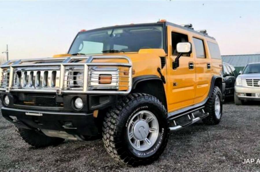 Hummer H2 - front