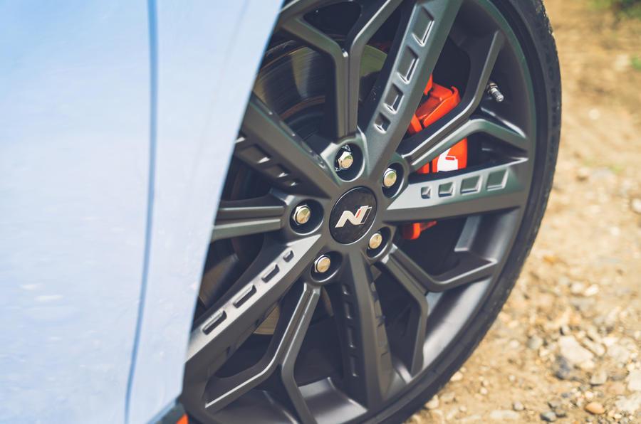 6 Hyundai i20N 2021 RHD UE FD roues en alliage