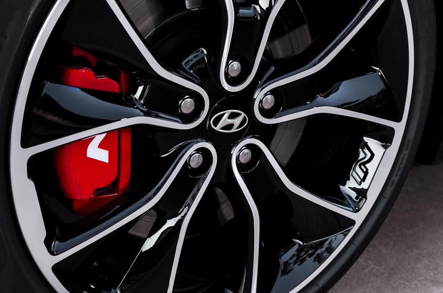 Hyundai i30 Fastback N 2019 first drive review - brake calipers
