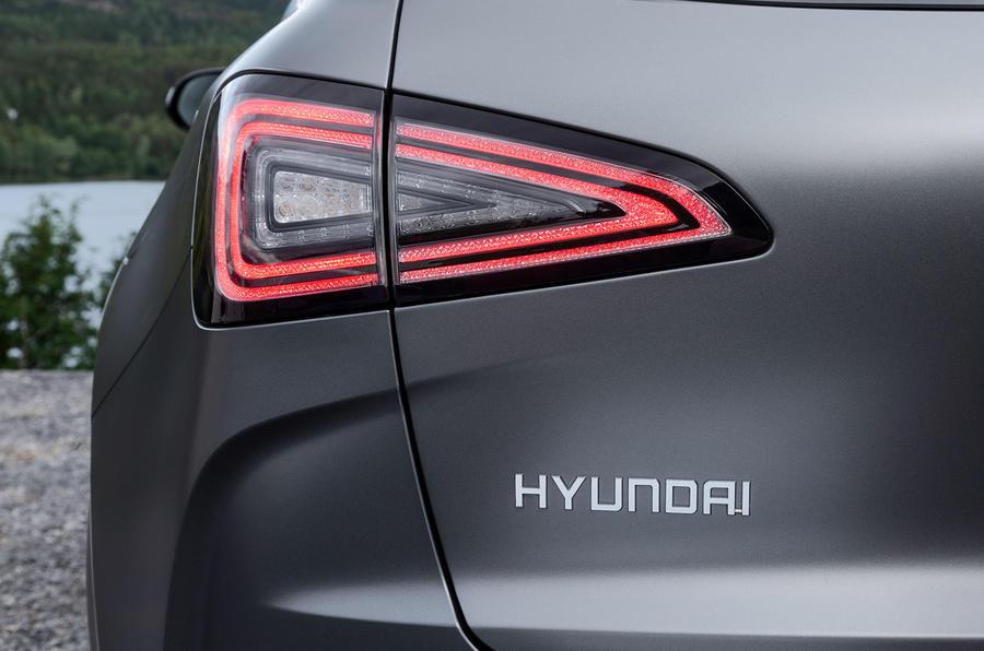 Hyundai Nexo 2019 first drive review rear lights