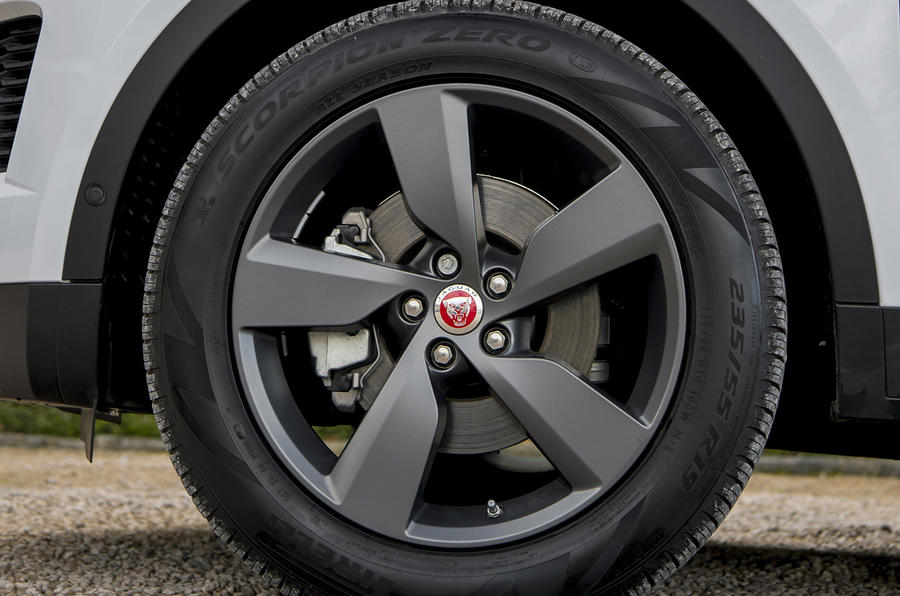 Jaguar E-Pace D150 2018 review wheels