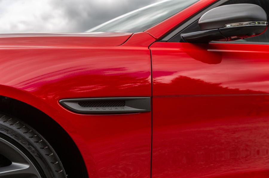 Jaguar XE 300 Sport 2018 UK first drive review front fender