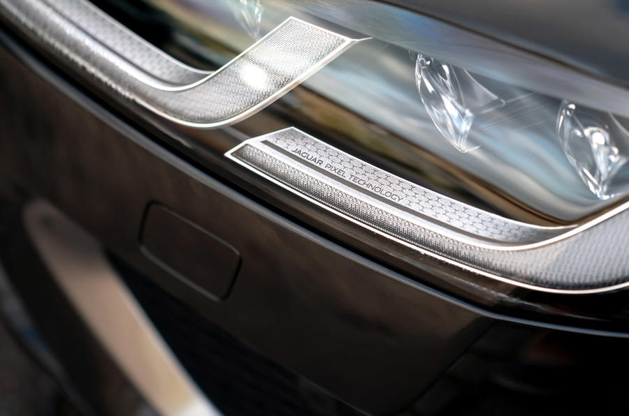 6 Jaguar XF Sportbrake P250 2021 UE : essai des phares