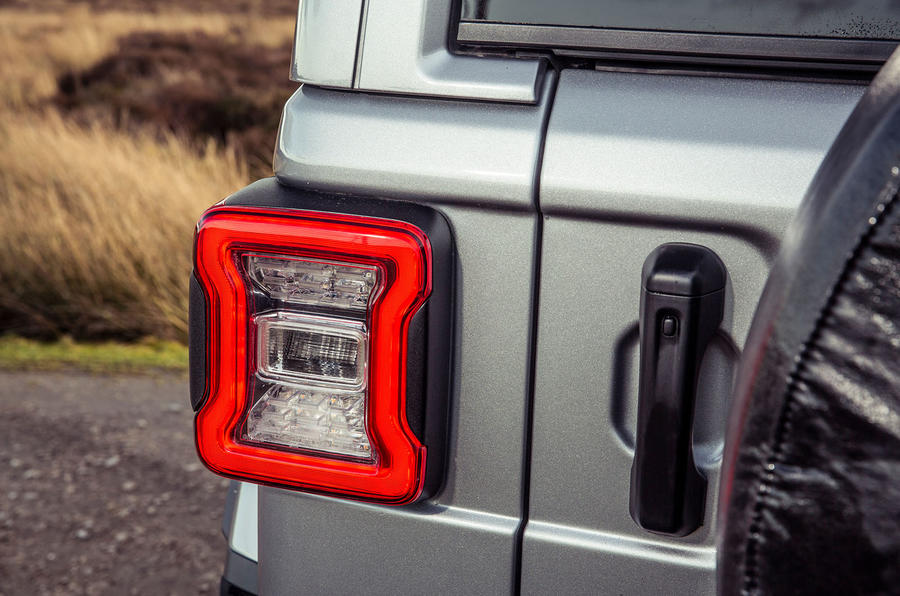 Jeep Wrangler 2019 UK first drive review - rear lights