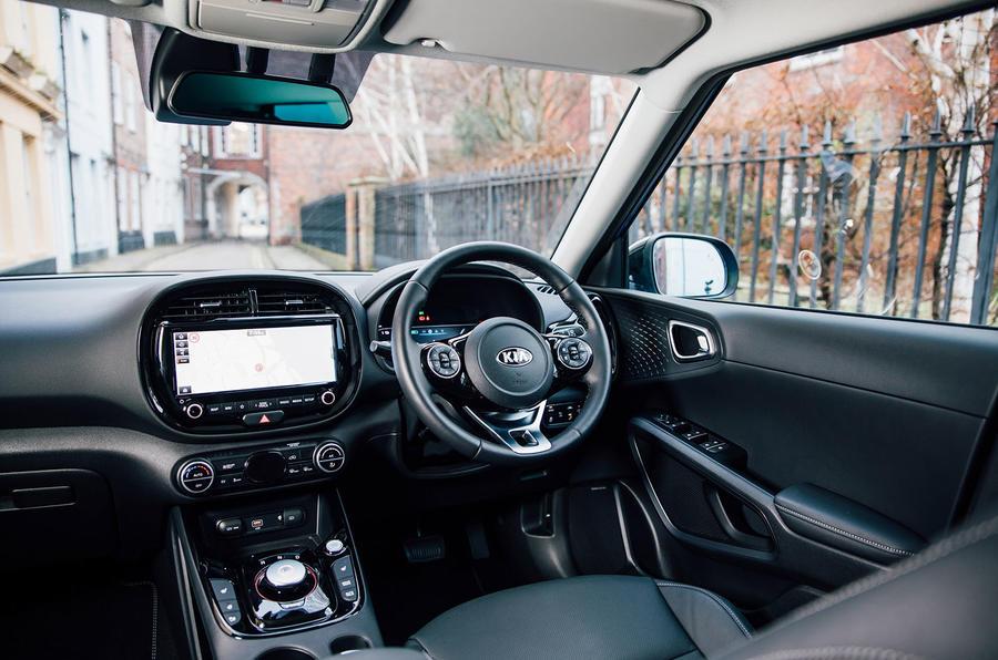 Kia Soul EV 2020 UK first drive review - dashboard