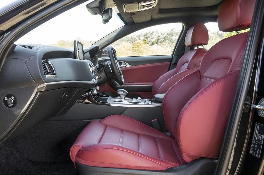 Kia Stinger 2.2 CRDi 2018 UK review cabin