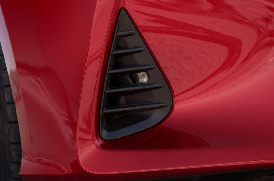 Lexus RC 300h 2019 first drive review - air intake