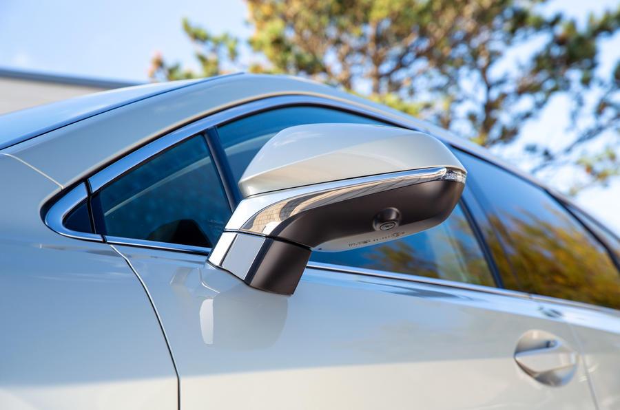 6 Lexus RX 450h L 2021 UE FD miroirs d'aile