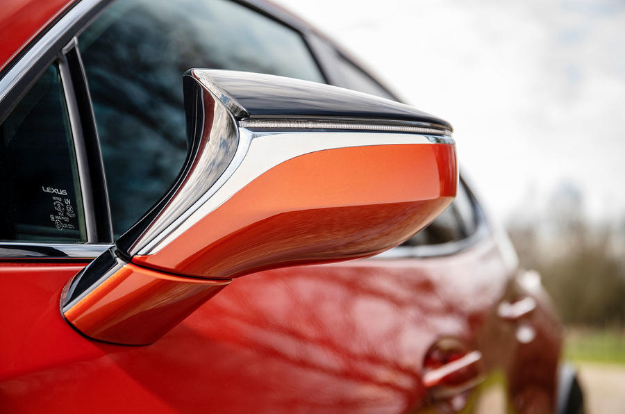 Lexus UX 2019 UK first drive review - wing mirrors
