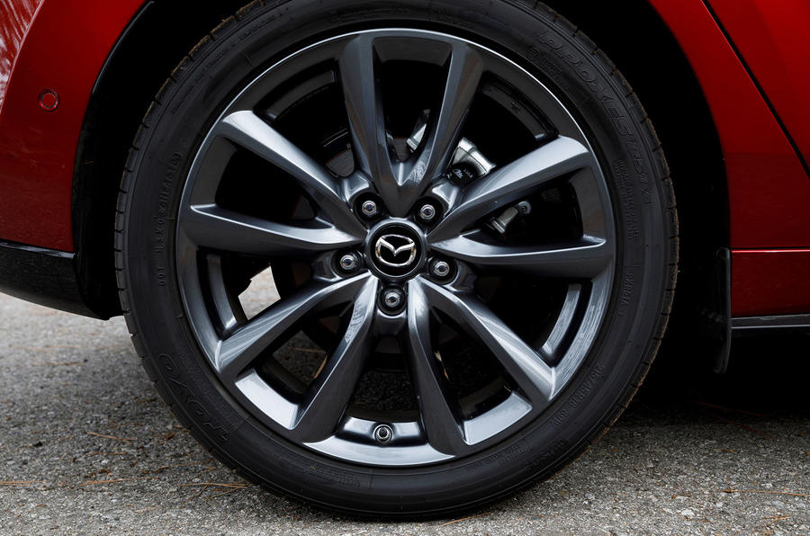 Mazda 3 2.0 Skyactiv-G 2019 first drive review - alloy wheels
