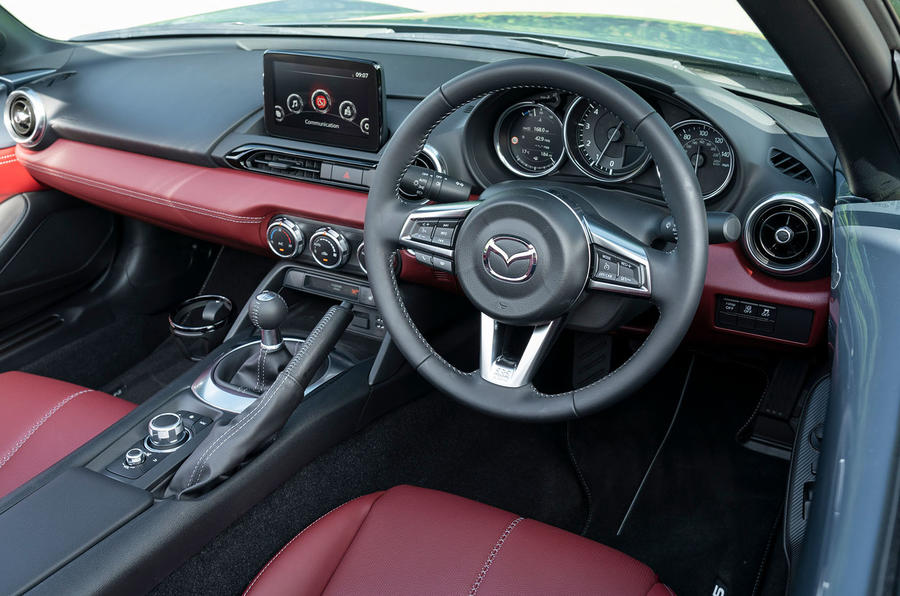 Mazda MX-5 1.5 R-Sport 2020 UK first drive review - dashboard