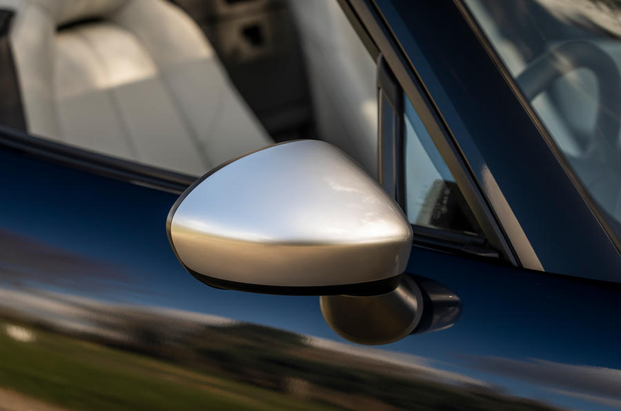 6 Mazda MX 5 Sport Venture 2021 UE FD miroirs d'aile