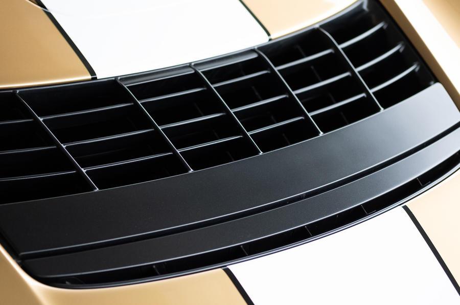 6 Barrière d'air McLaren Elva 2021 UE FD
