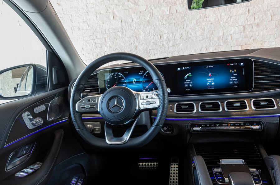 Mercedes-Benz GLS 400D 2019 first drive review - steering wheel