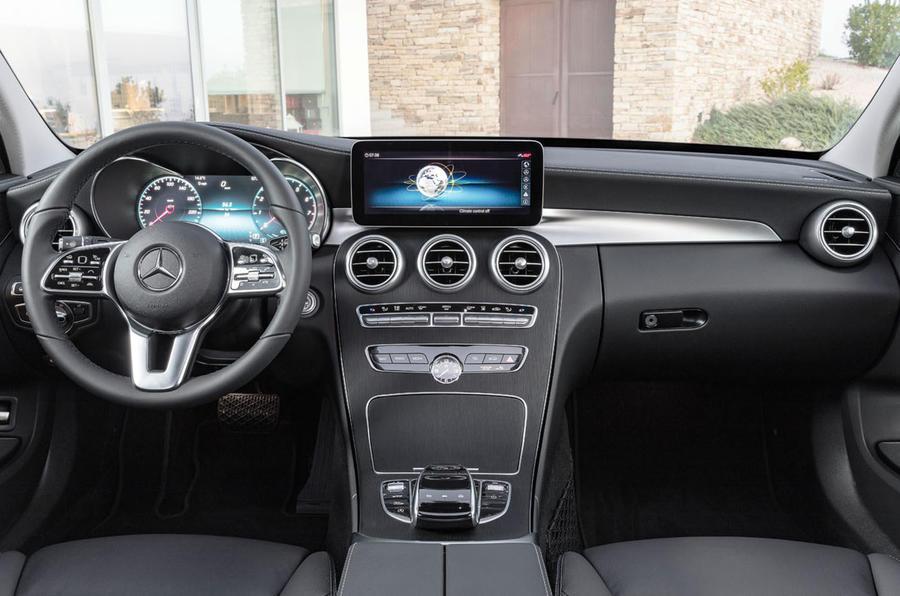 Mercedes-Benz C-Class C 300de estate 2018 first drive review - dashboard