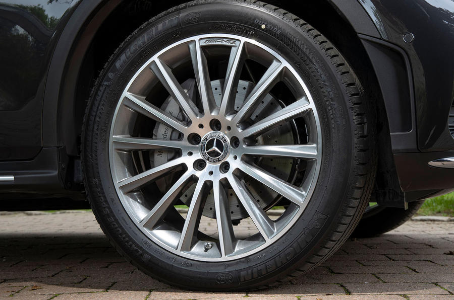 Mercedes-Benz GLC 300d 2019 first drive review - alloy wheels