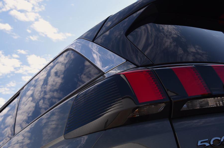 Peugeot 5008 2018 long-term review rear quarter panel