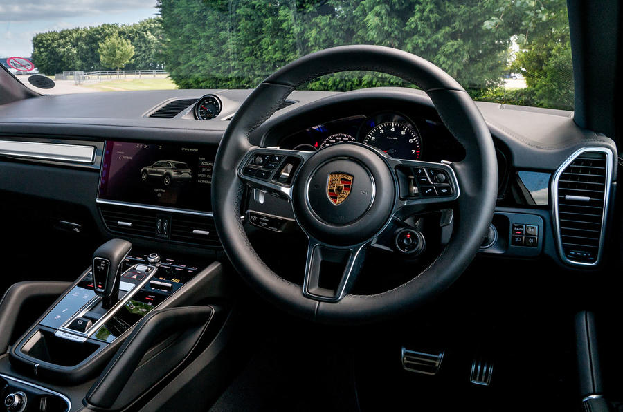 Porsche Cayenne 2018 UK first drive review steering wheel