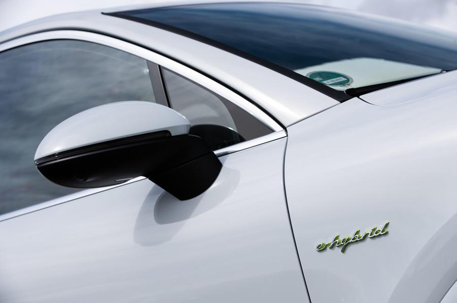 Porsche Cayenne E-Hybrid 2018 review wing mirrors