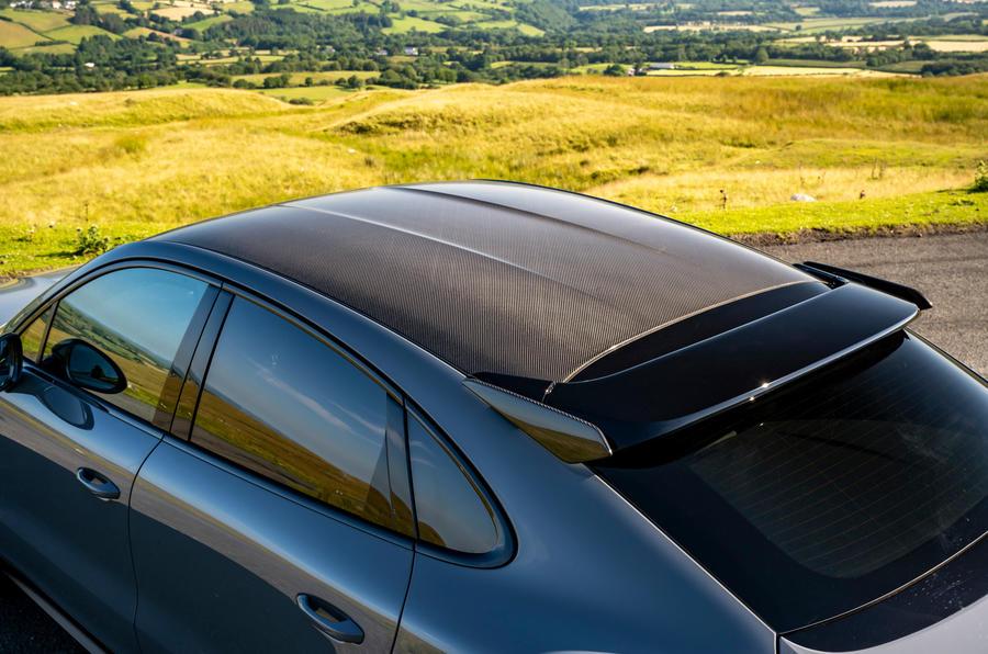 6 Porsche Cayenne Turbo GT 2021 UE FD toit