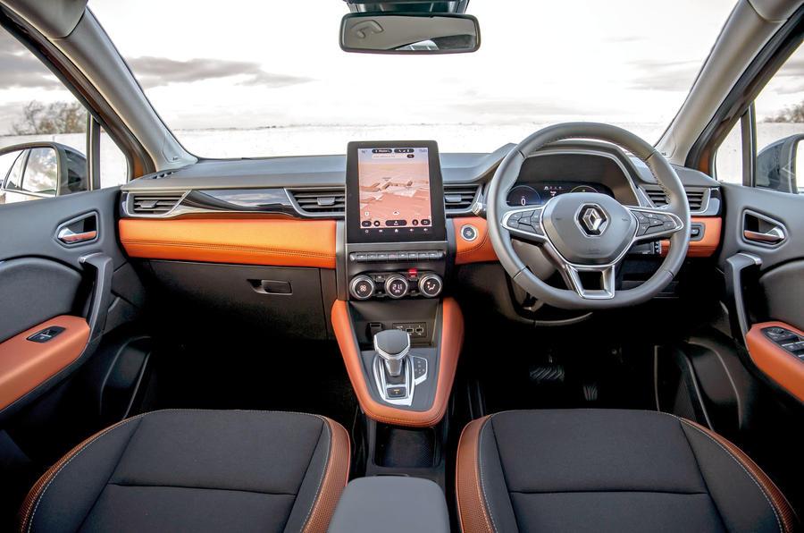 Renault Captur E-Tech PHEV RHD 2020 UK first drive review - dashboard