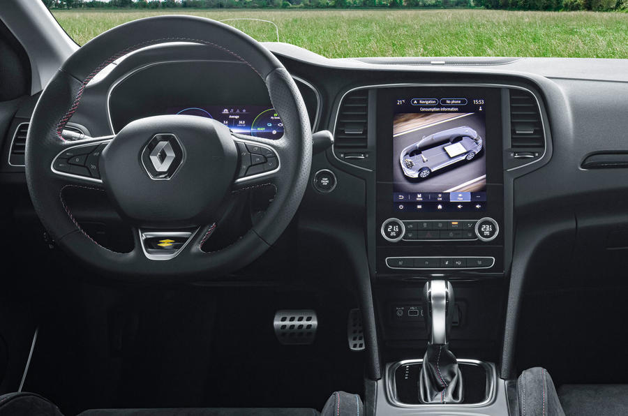 Renault Megane Sport Tourer E-Tech PHEV 2020 first drive review - steering wheel