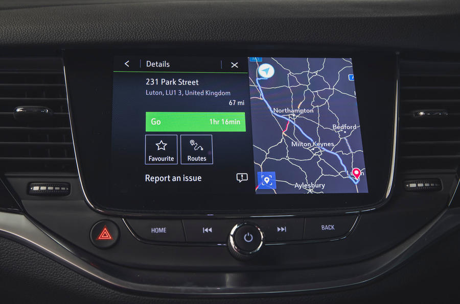 Vauxhall Astra 1.2 Elite Nav 2020 UK first drive review - infotainment