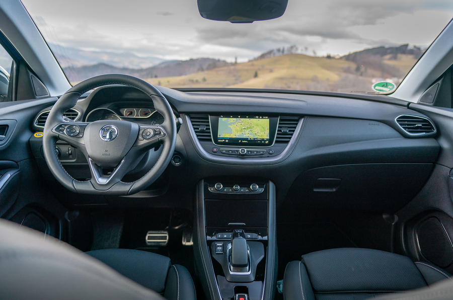 Vauxhall Grandland X Hybrid4 2020 first drive review - dashboard