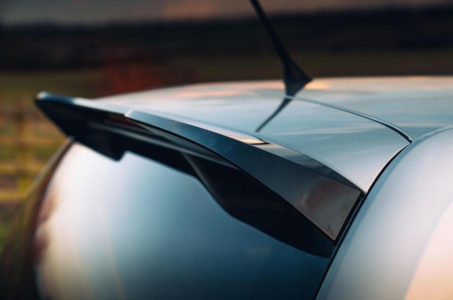 Volkswagen Up GTI 2020 : premier bilan de conduite au Royaume-Uni - spoiler