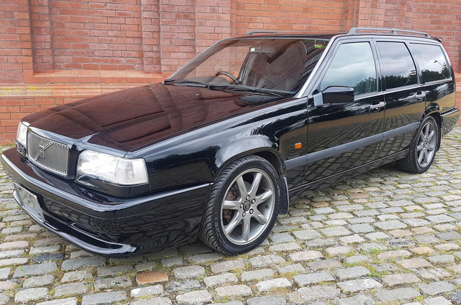 Volvo 850R - front
