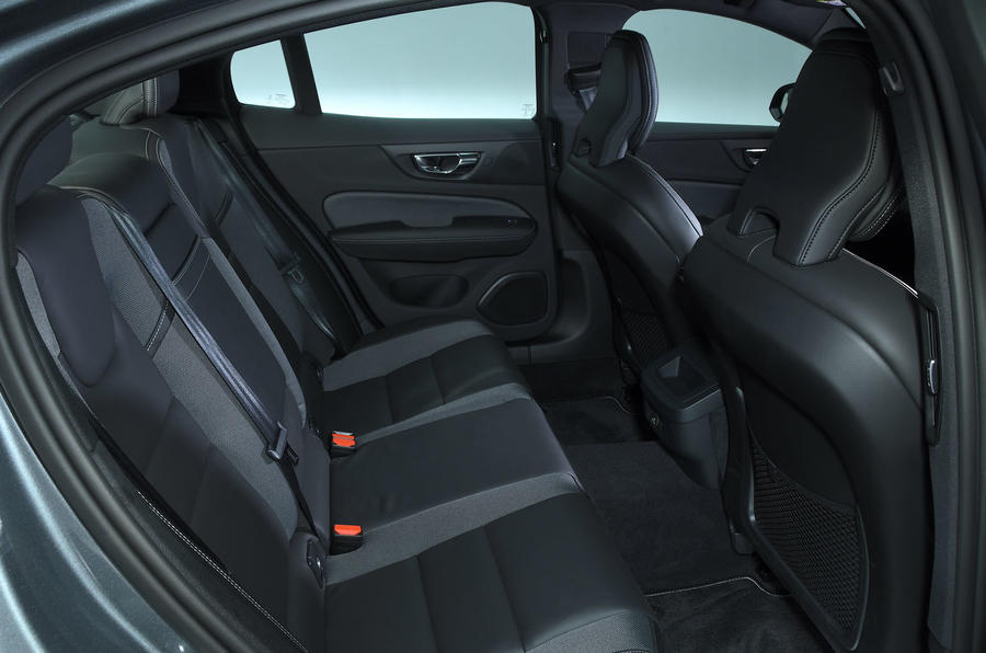 Volvo S60 T5 2019 UK first drive review - rear seats